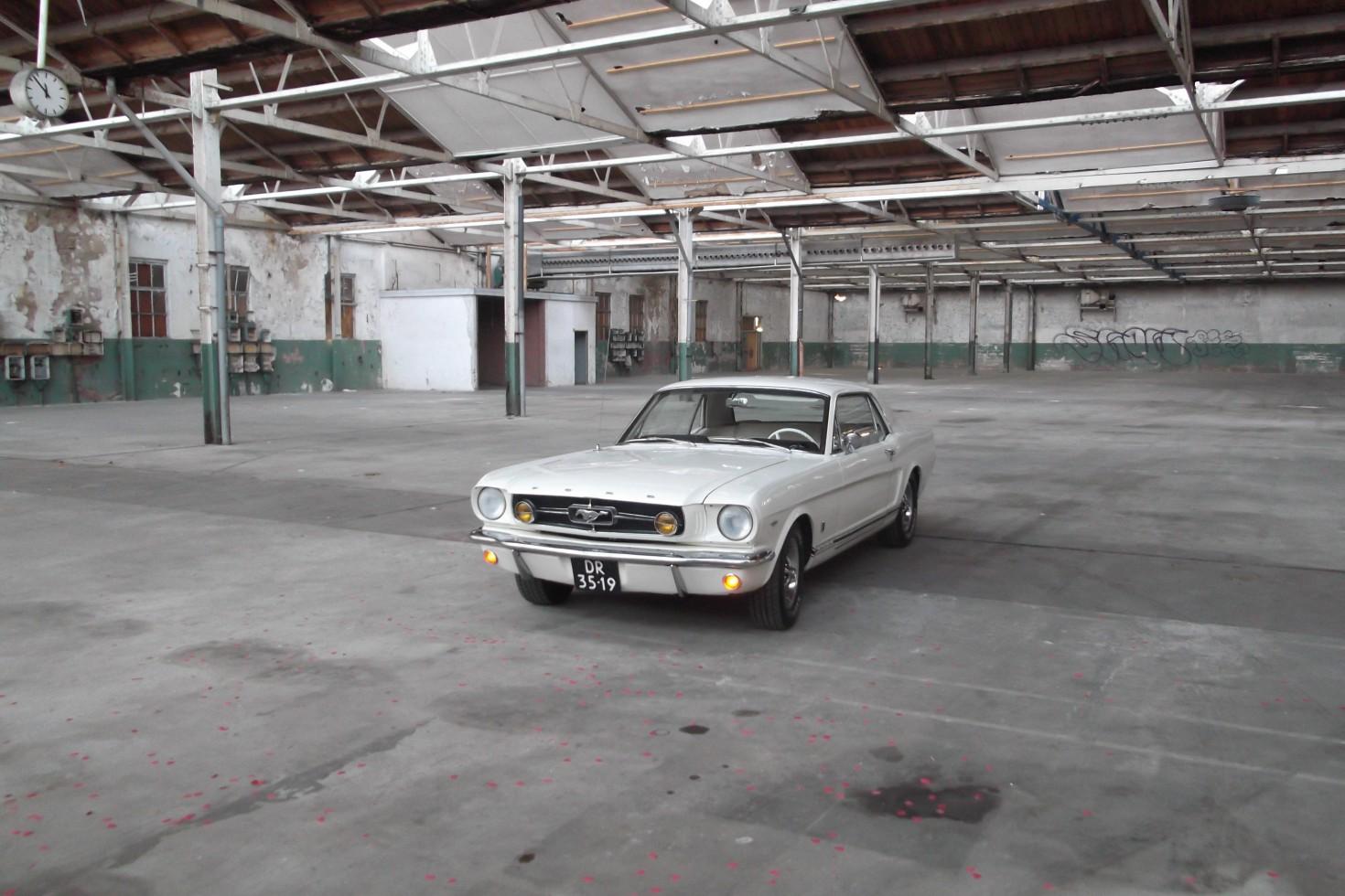 Ford Mustang huren als trouwauto